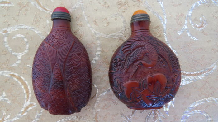 A unique pair of  snuff bottles - China - early 20th century