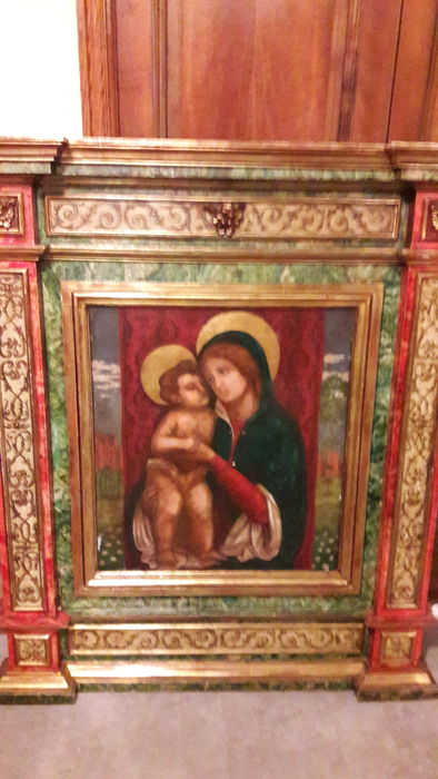 Beautiful altar piece or carved polychrome wooden panel with painting of Madonna with child in quattrocentista style North of Italy (IT) - Late 19th Century