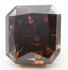 0.55 ct IGI certified natural Fancy Deep Orangy Brown diamond