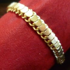 18 kt geelgouden armband.