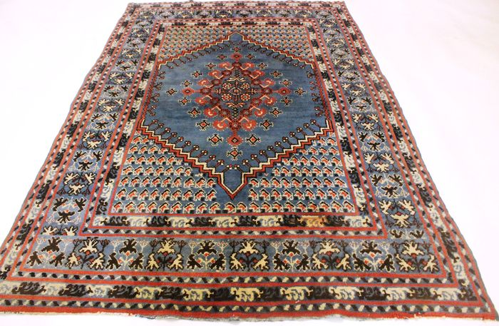 Beautiful antique oriental carpet, Berber carpet, nomad's work around 1950s, 170 x 285