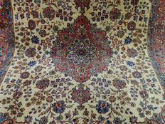 """Tabriz – 337 x 241 cm – """"Eye-catcher –Large Persian carpet, made of the finest kork wool – In beautiful condition""""."""