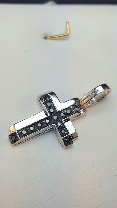 Chimento - White-Gold Cross with Black Diamonds