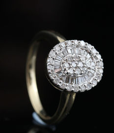 14kt gold diamond ring total approx. 0.54ct-G-H/VS2-SI2.size 54.