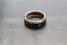 Custom-designed 18 kt gold and steel ring – Made in Italy – Size: 26