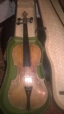 Old 4/4 violin from the 19th-century