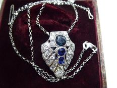 Brooche / pendant platinum .sapphires & diamonds circa 1920's