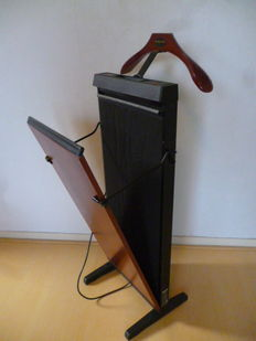 Corby 3300 - electric trouser press.