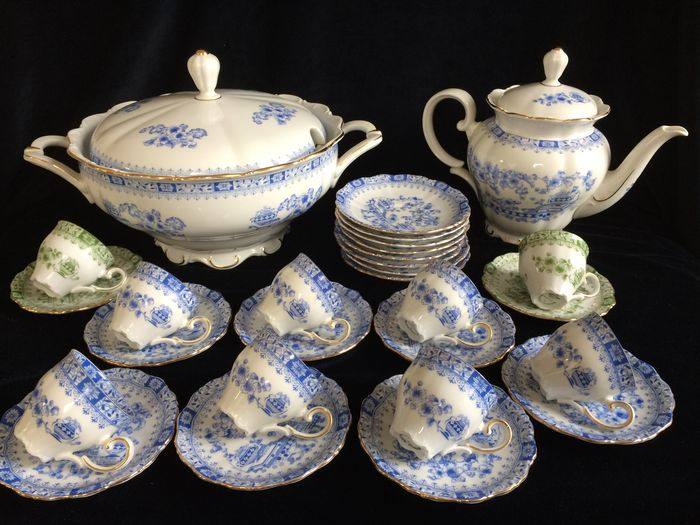 Wonderbaarlijk 30 delig servies van Seltmann Weiden Bavaria , model Theresia VU-59