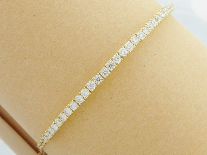 Yellow gold bracelet set with 30 brilliant cut diamonds with a total of 1.00 ct *** NO RESERVE PRICE ***