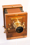 Check out our Lamperti & Garbagnati camera with Emil Busch Rathenow, early 20th century. 24x24