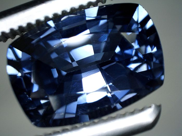 Spinel  - 1.76 ct