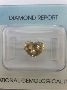 1.85 ct heart-shaped brilliant cut diamond - fancy colour - VS1