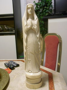 Ivory primitive blessed Virgin Mary Africa-Europe 1920