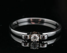 14kt white gold diamond ring -  size 54. diamonds G/SI1. total 0.10ct  - 1.40gr.
