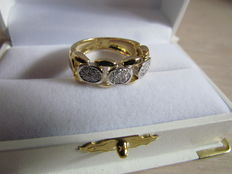 Flexible 18 kt gold bi-colour ring with 21 diamonds, 0.30 ct - ring size 17.5