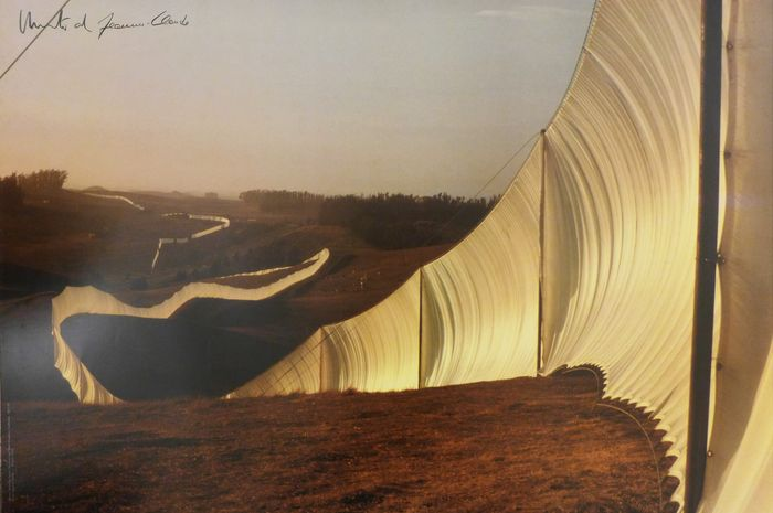 Christo et Jeanne Claude - Running Fence, Sonoma and Marin Counties, California