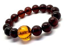 Amber bracelet of 17 g – round-shaped beads 12 and 16.4 mm in diameter b8b1829ac1083