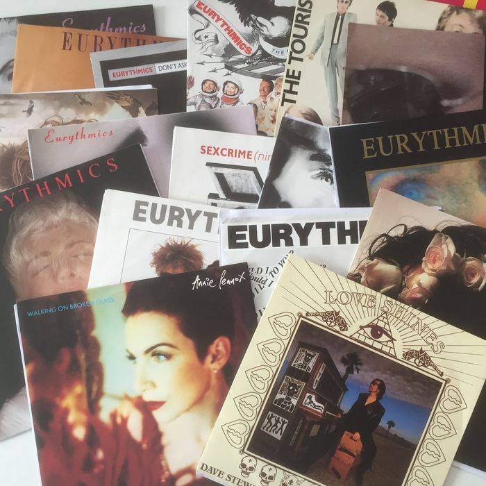 Eurythmics, wonderful collection of 17 (picture sleeve) seven inch singles