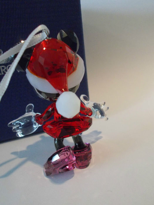 LOVELY AUTHENTIC SWAROVSKI MINNIE MOUSE CHRISTMAS ORNAMENT MODEL # 5004687
