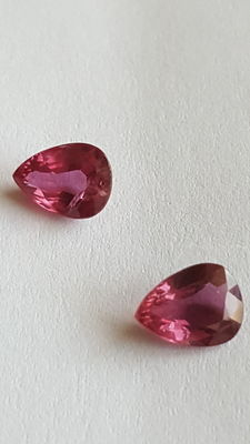 Pair of purple-red rubies - 1.27 ct and 1.13 ct