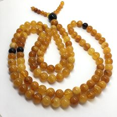 Long Tibetan 108 beads Mala Necklace 41gr – natural Baltic Amber beads 8.5 mm in diameter