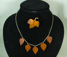 Beautiful Art work Set of Baltic amber necklace and brooch leafs