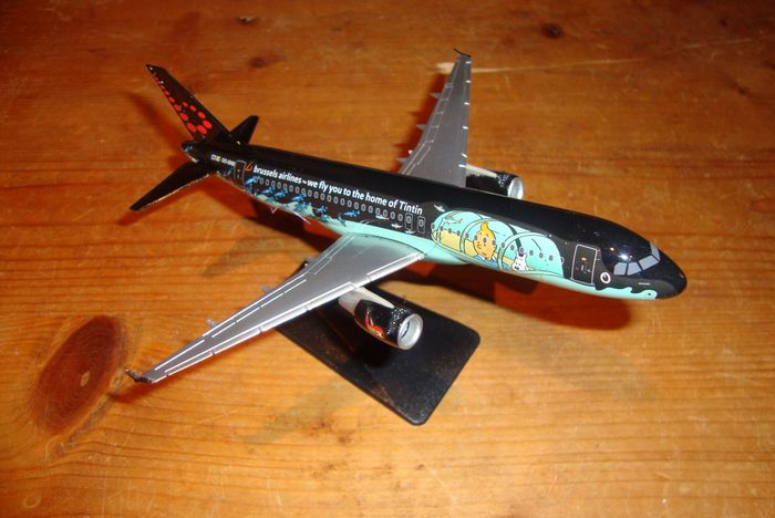 Kuifje, Tintin - Modelvliegtuig Moulinsart - Airbus A320 Brussels Airlines OO-SNB - (2016)