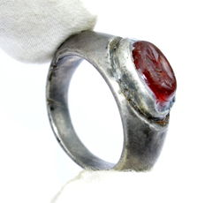 Rare Ancient Roman Silver Intaglio Seal Ring with Carnelian Stone - Engraved Eagle Head - 25 mm / 13 grams