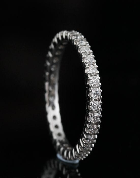 18k diamond ring approx.  0.70 ct - Ringsize: 54.