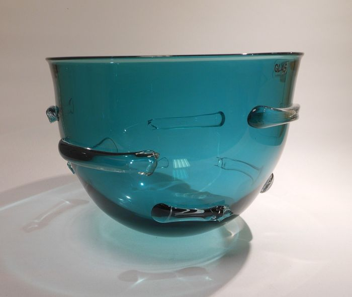 Vicky Broos - unica bowl / glass object