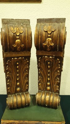 Pair of Edwardian Corbels from 1901 to 1910