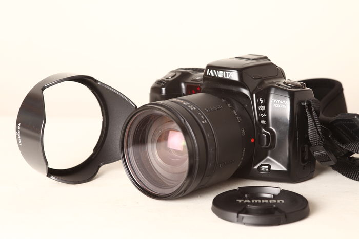 Minolta Dynax 700si Analog Camera With 2 Lenses And Bag Manual 38897