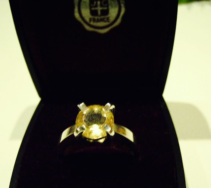 Silver ring 925, with cut citrine