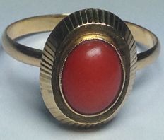 Gold ring with red Mediterranean coral