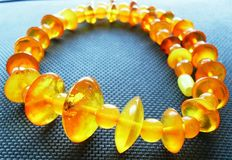 Vintage natural amber necklace, egg yolk/honey, 24 g, no reserve price