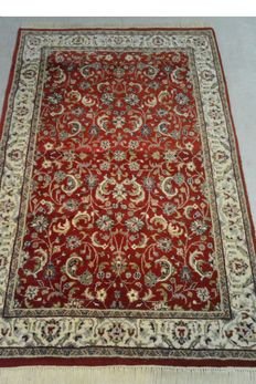 Top-seller: wonderful, high quality Persian carpet Sarough 184x 122 cm, end of the 20th century