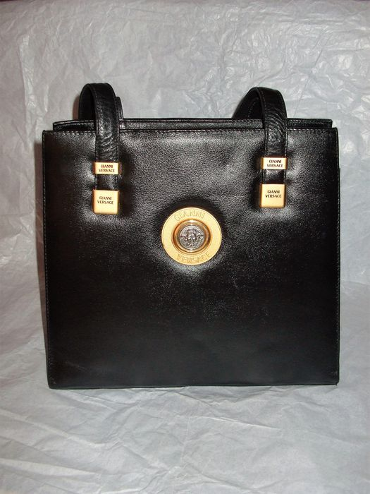 a4386340b8ae Gianni Versace – Shoulder bag – vintage - Catawiki
