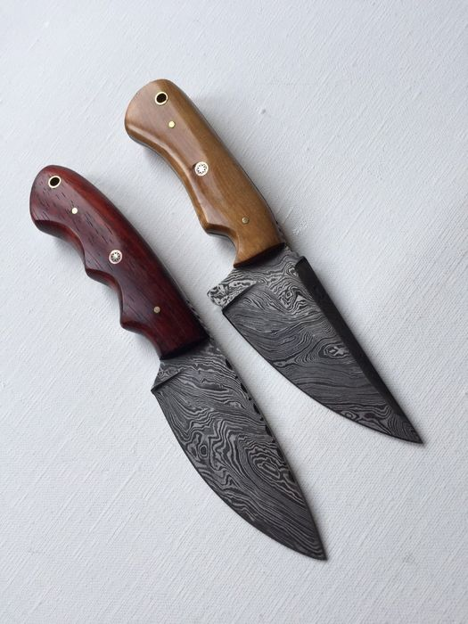 2 pieces Custom Handmade Skinner  Chef Knifes of Damascus Steel