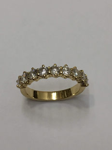 American wedding ring in yellow gold with1.21 ct diamonds
