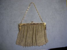 Victorian evening bag/theatre purse in low titer gold and diamonds - late 19th century