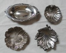 Lot of 4 sterling silver pieces. Spain, 20th century