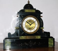French pendulum clock – marble – period 1910