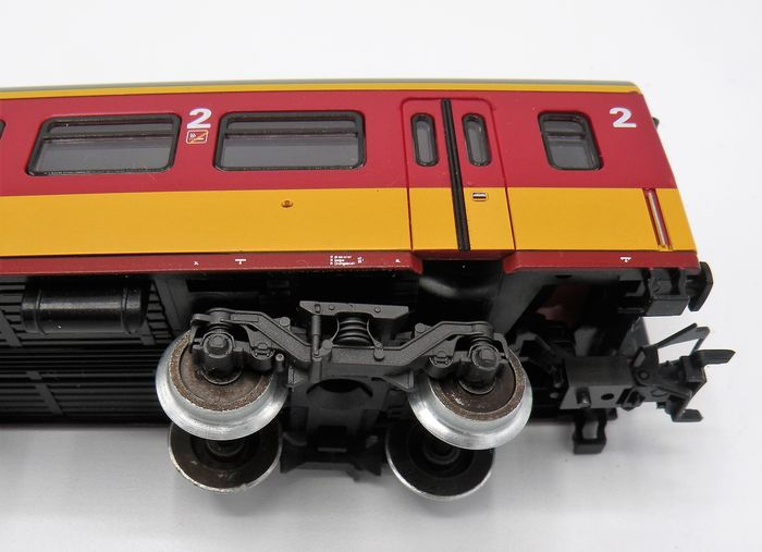 M rklin ho 4262 63 two benelux passenger cars from the for Benelux cars
