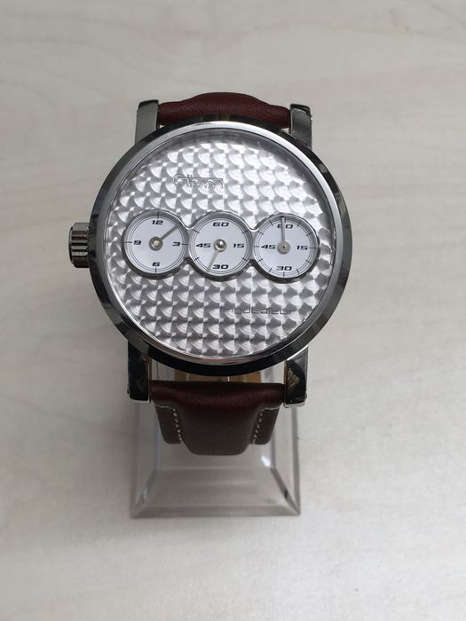 Otium Trigulateur – Men's watch – circa 2014
