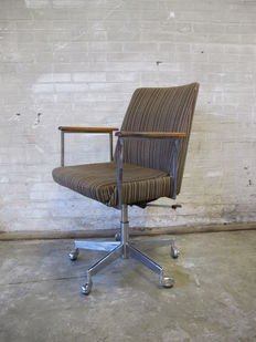 Mauser West Germany desk chair  and meeting chair