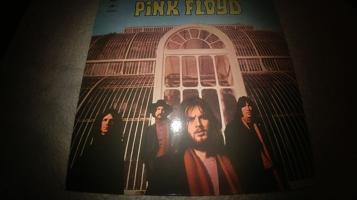 "A Rare and Mint ""unofficial"" Album by Pink Floyd- ""The Piper At the Gates of Dawn."""