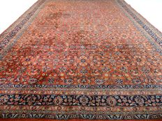 Keshan, Herati, 354 cm x 246 cm, oversized rug in nice condition. Note: no reserve price: Starts at €1.