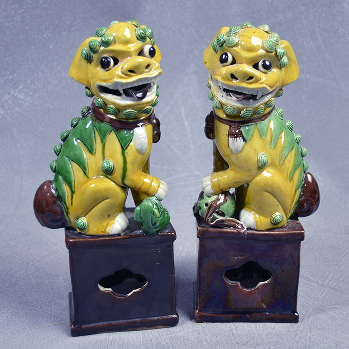 Porcelain Foo dogs pair - China - second half 20th century
