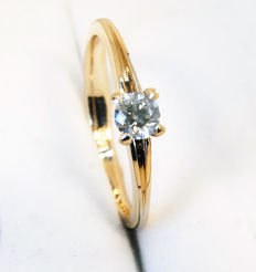 14 ct Golden ring with diamond off 0,40 ct. Size 19.0
